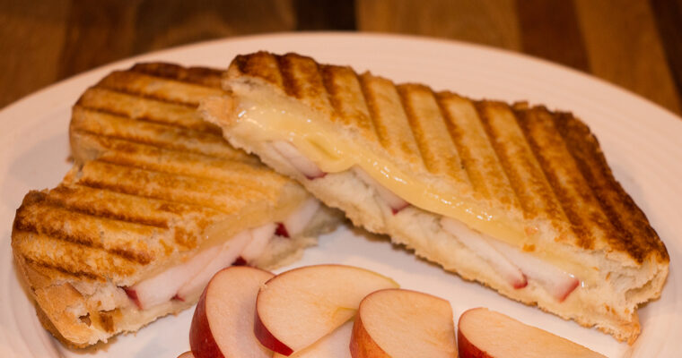 Apple & Fontina Grilled Cheese-How to Make a Grilled Cheese Sandwich